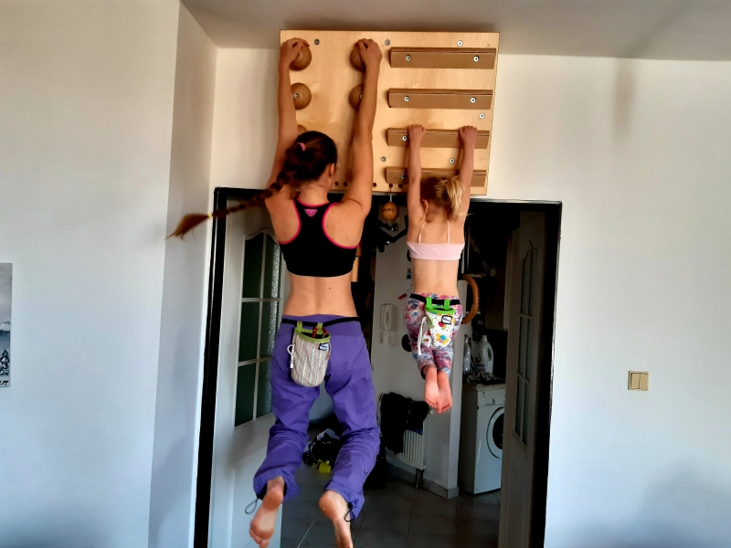 Posilovátka - hangboardy